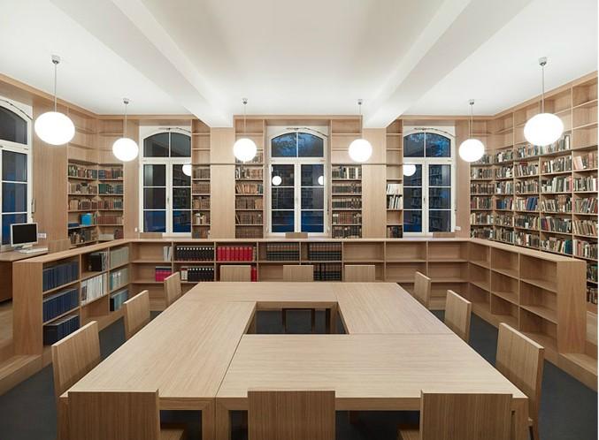 historische-bibliothek-nach-der-renovierung-stephan-baumann